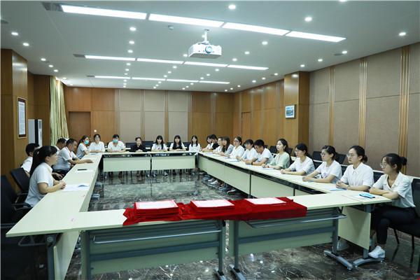 1郑州11中举行西南大学实习教师欢送会.jpg